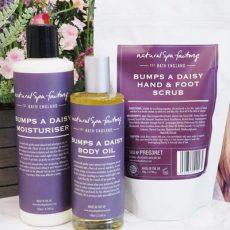 bumps-a-daisy scrub